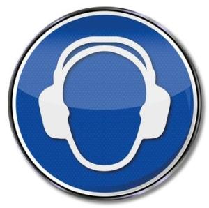 Benötigt man für den Gebrauch eines Dickenhobels einen Gehörschutz?